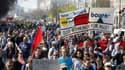 Des Allemands manifestant contre la cherté des loyers à Berlin