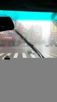 Taïwan balayé par le typhon Soudelor  - Témoins BFMTV
