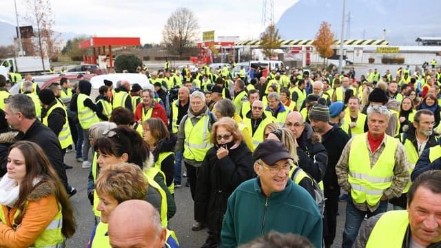"""La plainte de l'union patronale de Charente a été déposée au commissariat d'Angoulême """"après les manifestations non déclarées en préfecture et donc illégales"""" des """"gilets jaunes"""","""