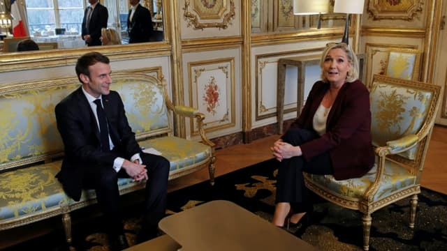 Le président Emmanuel Macron et Marine Le Pen responsable du RN lors d'une rencontre à l'Elysée, le 6 février 2019