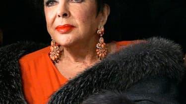Elizabeth Taylor en décembre 2007, à Los Angeles.
