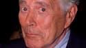 """L'acteur américain John Forsythe, passé du théâtre au cinéma et à des séries télévisées comme """"Dynasty"""", est décédé jeudi en Californie après une longue lutte contre le cancer. /Photo d'archives/REUTERS/Fred Prouser"""