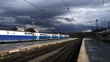 Coupure de la circulation des trains entre Aubagne et Toulon en raison d'un incendie, le 31 janvier 2021 (illustration)