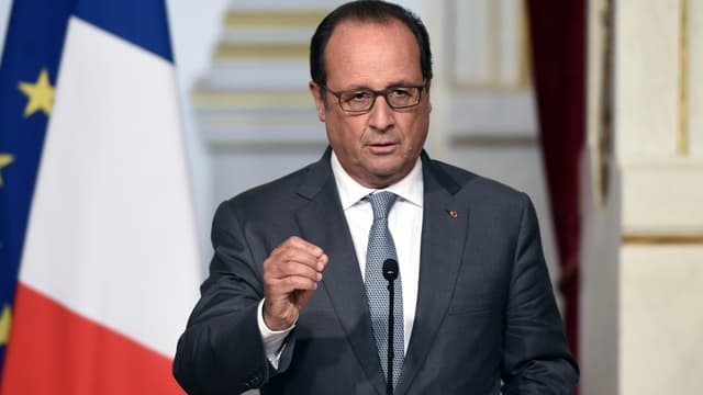 """François Hollande a annoncé l'envoi d'un  """"un bateau"""" au large de la Turquie pour contrôler le flux des migrants - Vendredi 4 Mars 2016"""