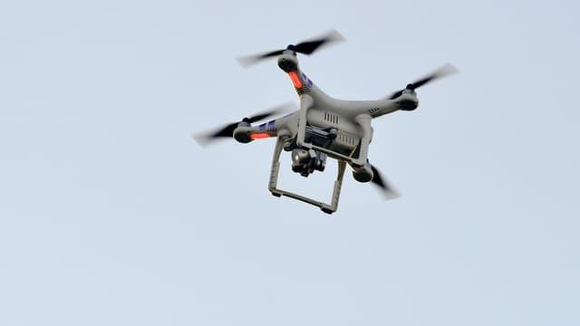 Le groupe français Parrot ou le fabricant chinois DJI ont développé des drones spécifiquement destinés au monde agricole.