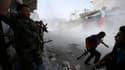Combattants de l'Armée syrienne libre lors d'affrontements avec les forces fidèles à Bachar al Assad, jeudi à Alep. Une réunion des ministres des Affaires étrangères des 15 membres du Conseil de sécurité de l'Onu sur la crise humanitaire syrienne s'est ac