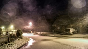 Tempête de neige à Godewaersvelde, dans le nord de la France, le 12 janvier 2017