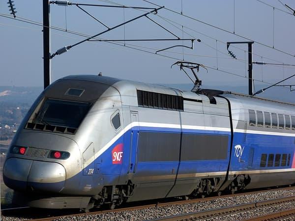 Le TGV Duplex en livrée Atlantique