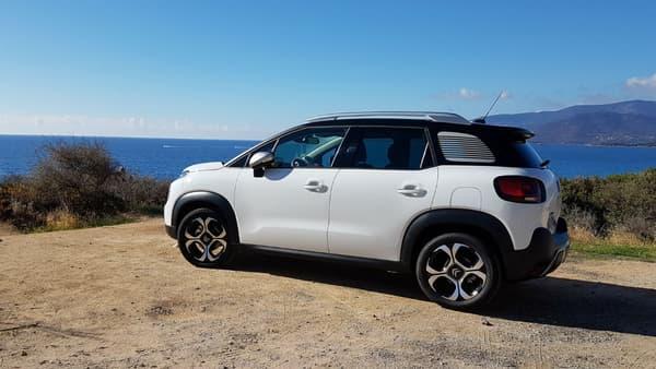 Avec son look atypique et son bon rapport qualité-pix, le Citroën C3 Aicross pourrait séduire le jury.