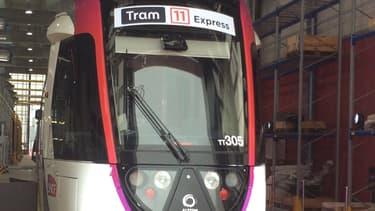 La ligne de tram-train T11 express a été confiée à Transkéo, une filiale de droit privé de la SNCF. Elle relie la gare du Bourget à celle d'Epinay-sur-Seine (Seine-Saint-Denis).