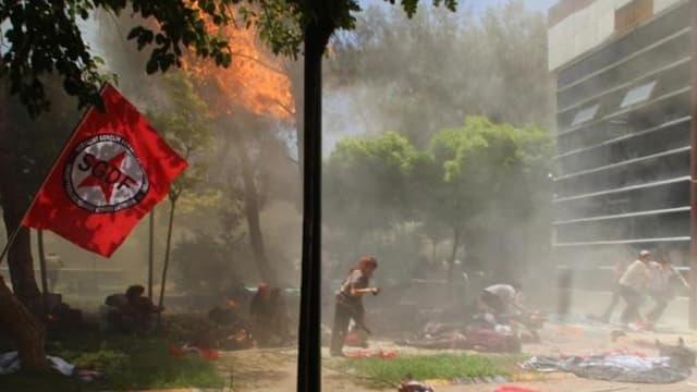 Une image de la ville de Suruç après l'explosion