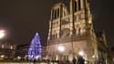 Le dispositif de sécurité est renforcé devant Notre-Dame de Paris