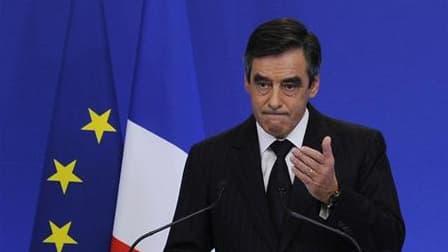 François Fillon, lors de l'annonce des mesures d'austérité, la semaine dernière. En déplacement lundi en Loire-Atlantique, il a voulu rassurer la Commission européenne sur les prévisions de croissance de la France pour 2012, soulignant que son gouvernemen
