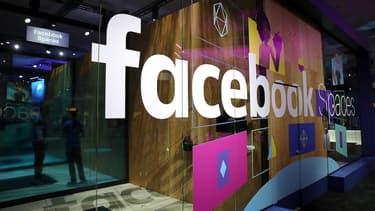 Facebook pourrait présenter en avril une tablette domestique équipée d'un écran et d'une caméra capable de reconnaître les visages.