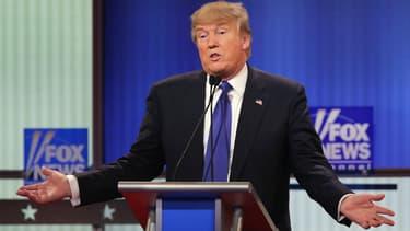Donald Trump participe à un débat sponsorisé par Fox News au Fox Theatre, le 3 mars 2016.