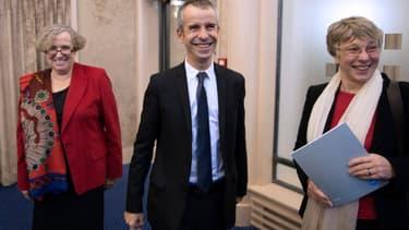 L'équipe de l'Hadopi est conduite par Marie-Francoise Marais, Présidente, Eric Walter, secrétaire général et Mireille Imbert-Quaretta, présidente de la Commission de Protection des droits.