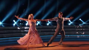 Alek Skarlatos sur le plateau de Danse avec les stars.