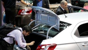 Les constructeurs espèrent vendre plusieurs milliers de modèles au Mondial de l'auto.