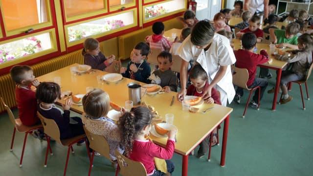 Les enfants dont les parents ne paient pas la cantine se voient servir un repas de substitution, dans les écoles de Gironde. (Photo d'illustration)