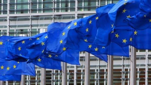 Le AAA de l'UE est dans l'immédiat sauvegardé, mais une dégradation pourrait intervenir dans les mois à venir