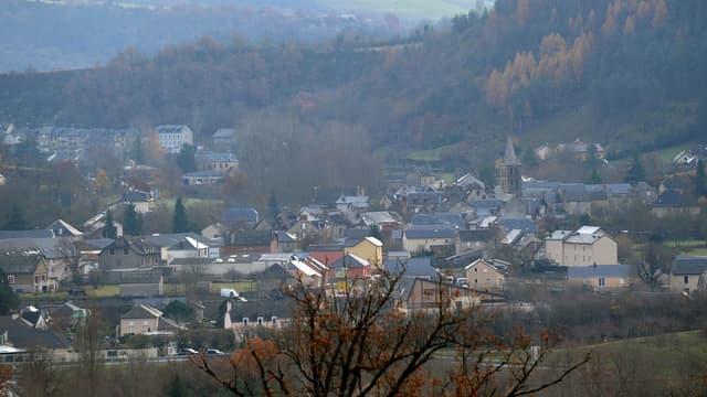 En Lozère, des élus dénoncent des carences graves d'Orange dans l'entretien du réseau de téléphonie fixe.