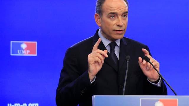 Jean-François Copé a été déclaré lundi pour la seconde fois vainqueur de son duel avec François Fillon par la commission des recours de l'UMP, dont la décision laisse toujours planer la menace d'un éclatement du parti d'opposition. L'ancien Premier minist