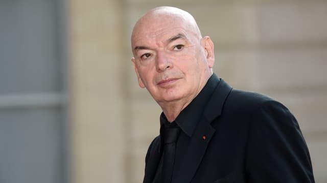 Jean Nouvel, architecte concepteur de la Philharmonie de Paris, sur le perron de l'Élysée le 23 juin 2014.