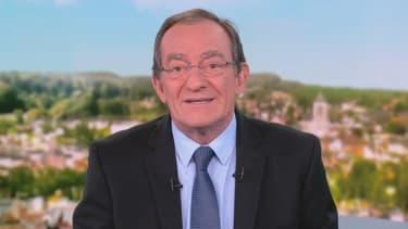 Jean-Pierre Pernaut dans le JT de 13h su_r TF1, le 12 novembre 2018.