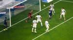 Lionel Messi se rate lors du match OM-PSG