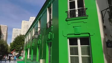 Une rue de la Butte-aux-Cailles a été repeinte en vert.