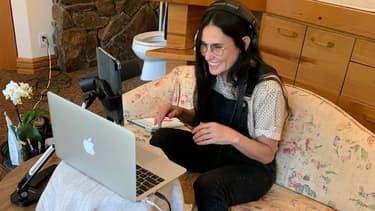 Demi Moore enregistre son podcast