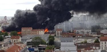 Un incendie se déclare à Aubervilliers - Témoins BFMTV