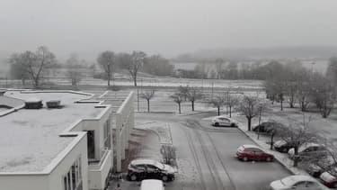 Il neige à gros flocon près de Metz - Témoins BFMTV