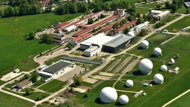 Vue aérienne d'un centre d'écoutes du renseignement extérieur allemand (BND) à Bad Aibling, en Bavière, le 8 mai 2015