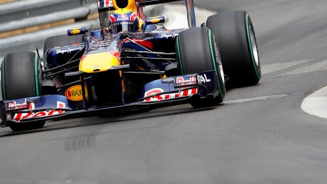 La monoplace de Mark Webber a été contrôlée