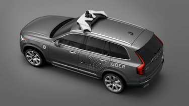 L'un des Volvo XC90 utilisés par Uber comme voiture de transports autonome.