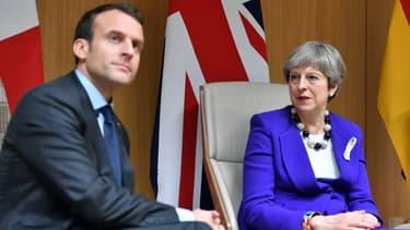 Theresa May est attendue mardi à Paris et à Berlin.