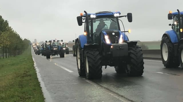 Les agriculteurs en opération escargot en Ile-de-France le 8 octobre.