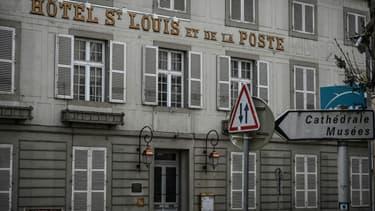 """La façade de l'hôtel Saint-Louis à Autun, où se trouve la """"chambre Napoléon"""", le 15 février 2021"""