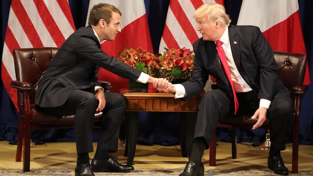 Emmanuel Macron et Donald Trump lors de leur rencontre en marge de la 72e Assemblée générale de l'ONU, le 18 septembre 2017.