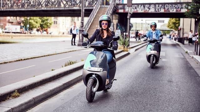 Les scooters Coup débarquent à Paris face aux Cityscoot installés depuis un an dans la capitale.