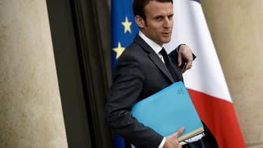 Emmanuel Macron a assuré que l'Etat soutenait la stratégie de Renault.