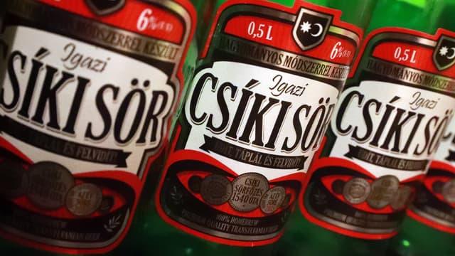 La défense de la marque de bière artisanale Csiki est le cœur du conflit opposant le gouvernement hongrois au brasseur néerlandais  Heineken.