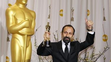 """Le film """"Une Séparation"""" d'Asghar Farhadi a obtenu l'Oscar du meilleur film étranger dimanche soir à Hollywood, une grande première pour le cinéma iranien. /Photo prise le 26 février 2012/REUTERS/Mike Blake"""