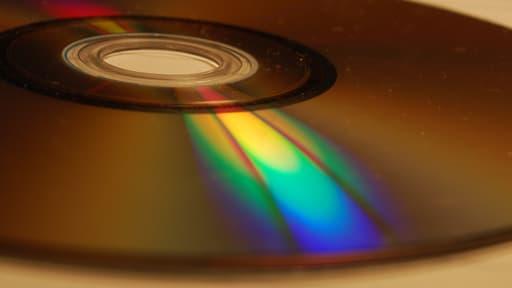 Les ventes de compacts discs augmentent au premier semestre 2013, une première en dix ans.