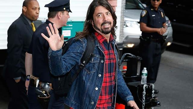 """Dave Grohl, chanteur des """"Foo Fighters"""", s'est cassé la jambe pendant le concert de Göteborg."""