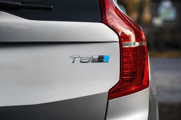 Polestar propose d'améliorer les performances du SUV XC90, dans sa configuration T8 Twin Engine.