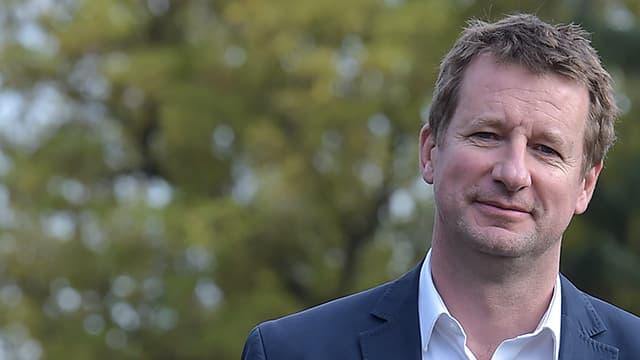 Yannick Jadot est élu candidat d'EELV à la présidentielle 2017.