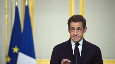 Nicolas Sarkozy fait avec l'intervention en Libye un pari risqué qui, s'il réussit, est de nature à restaurer son image sur la scène internationale tout autant qu'auprès de l'électorat traditionnel de droite. /Photo prise le 19 mars 2011/REUTERS/Lionel Bo