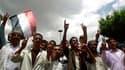 Manifestation anti-gouvernementale à Taëz, dans le sud du Yémen. Un accord sur la démission du président yéménite Ali Abdallah Saleh pourrait être conclu d'ici une semaine. Selon un responsable de l'opposition, le secrétaire général du Conseil de coopérat